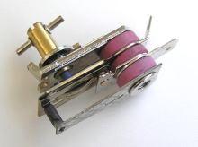 Termostat žehličky 5212510001  250°C  250V / 10A  ABUND228
