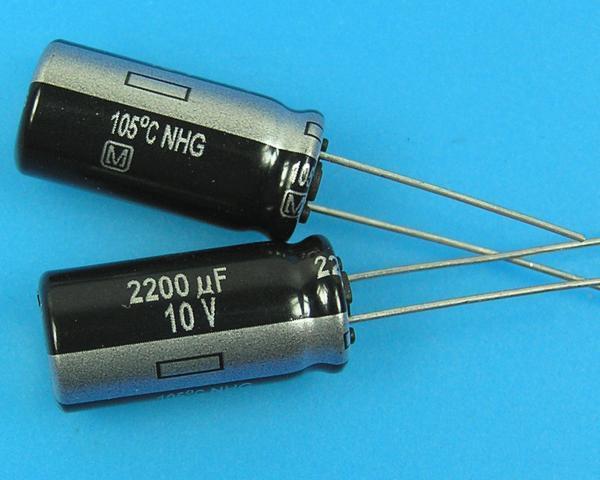 2200uF/10V - 105°C Panasonic NHG kondenzátor elektrolytický