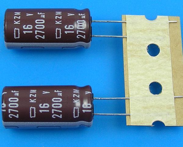 2700uF/16V - 105°C Nippon KZM kondenzátor elektrolytický, low ESR, long life, high ripple current